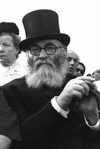 220pxRabbi_Yitzhak_Halevi_Herzog1959